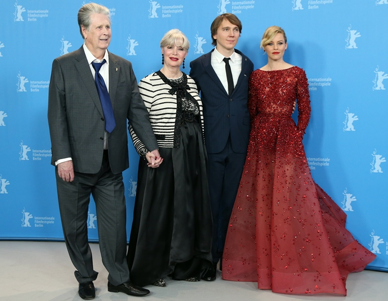 Realitat Film Brian Wilson Ehefrau Melinda Mit Den Darstellern Paul Dano Elizabeth Banks